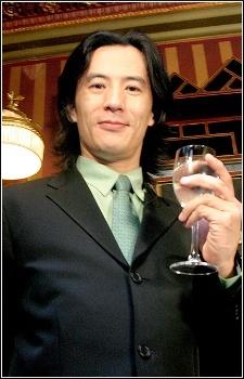 Махиро Маэда